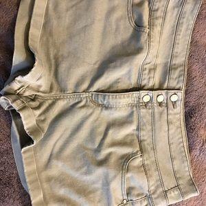 Pants - Beautiful Olive Shorts